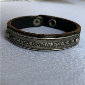 Marc Jacobs women's leather bracelet, Small